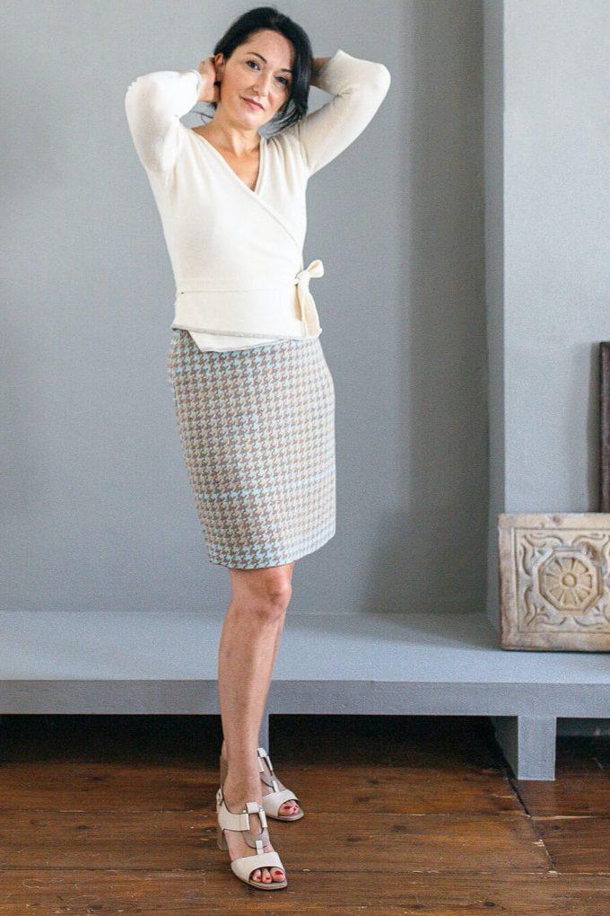Knitted Knee Length Pencil Skirt In Pieds De Poule Pattern Tweed Fair B