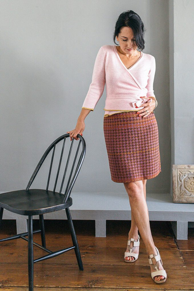 Knitted Knee Length Pencil Skirt In Pieds De Poule Pattern Tweed Heather C