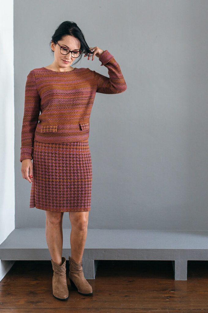 Timeless Feminine Jumper In Audrey Hepburn Style Tweed Heather D