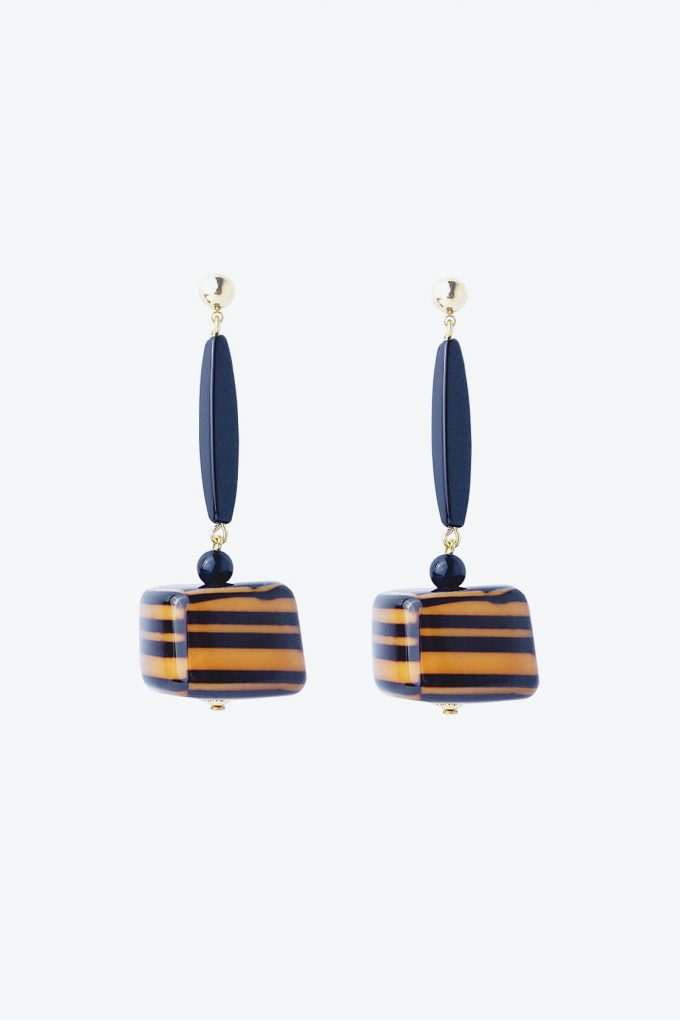 OL50000100 Hand Painted Black Statement Earrings1B