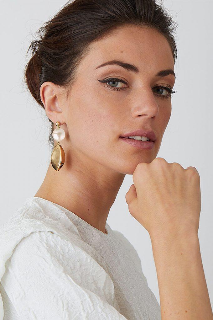 OL50000108 Pearl Gold Artemisia Earrings2