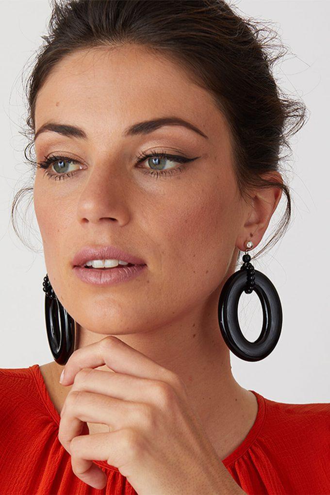 OL50000116 Black Statement Hoop Earrings3