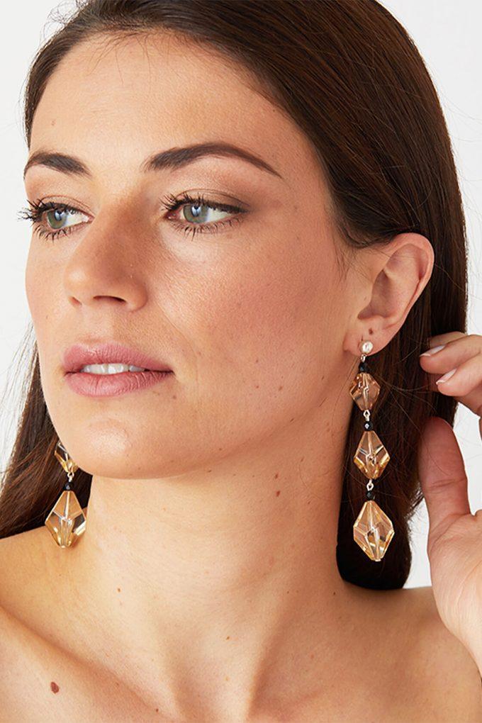 OL50000122 Crystal Statement Earrings2