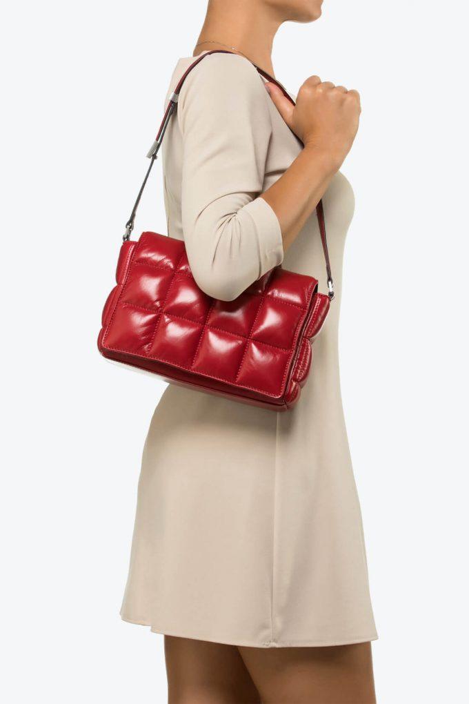 ol80000037 sofia medium shoulder bag 4
