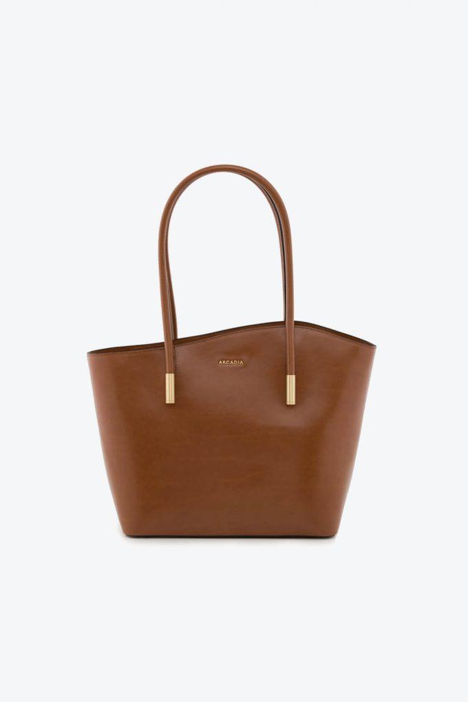 ol80000068 shelly large shoulder bag 1b