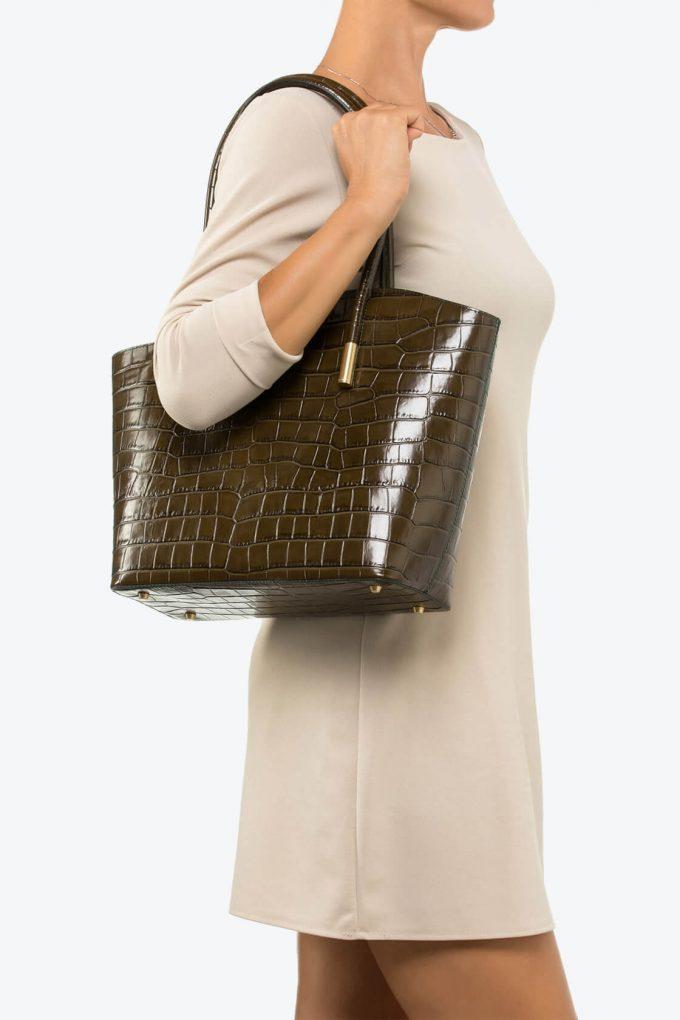 ol80000072 shelly large shoulder bag 4