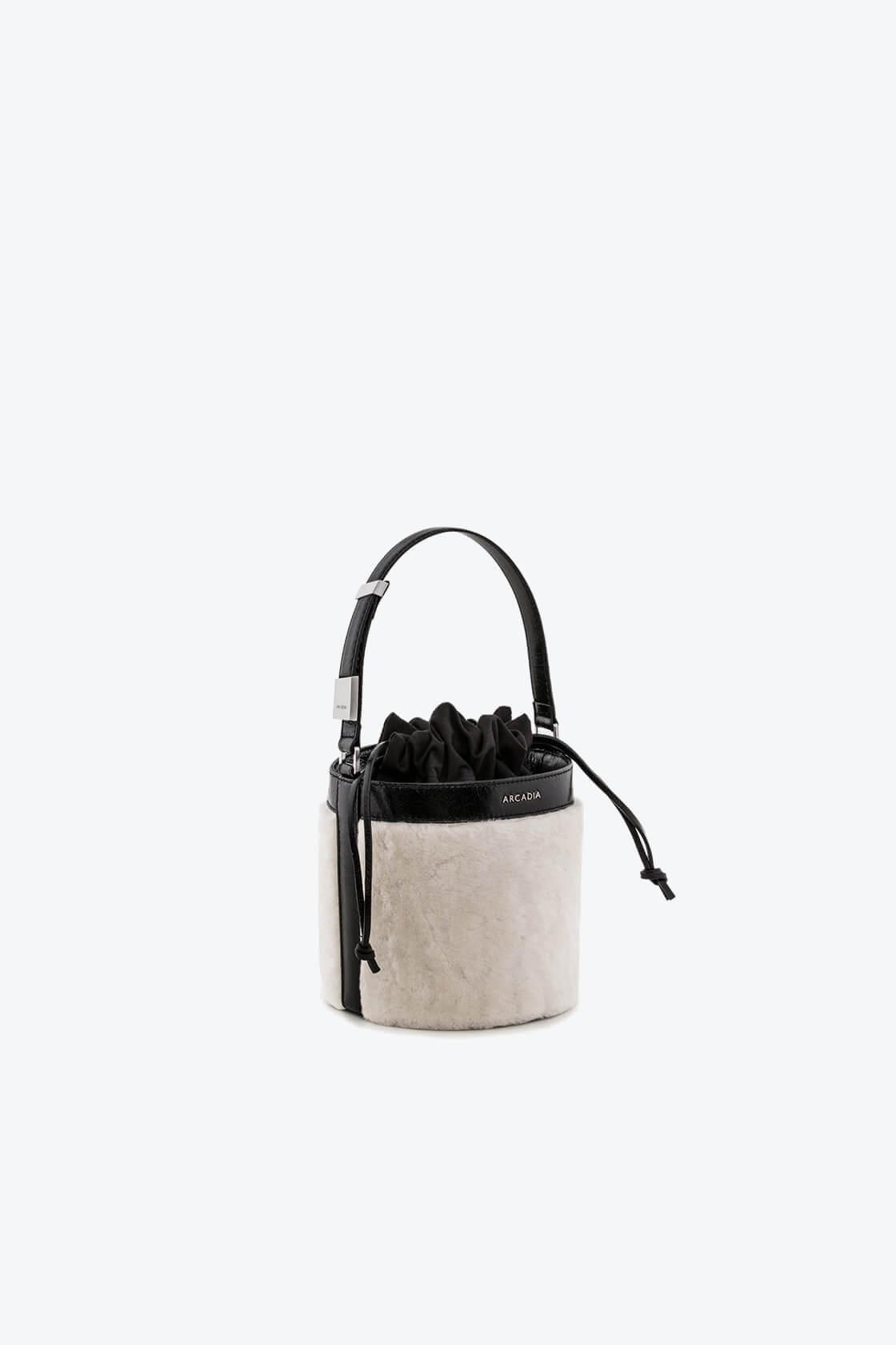 ol80000126 medea small bucket bag 1