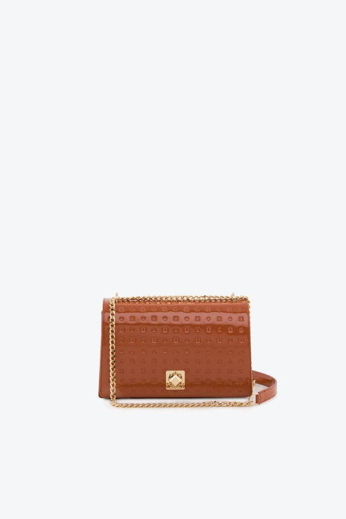 ol80000128 laila lock medium cross body bag 1b