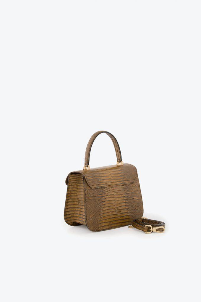 ol80000132 boxy small crossbody bag 2
