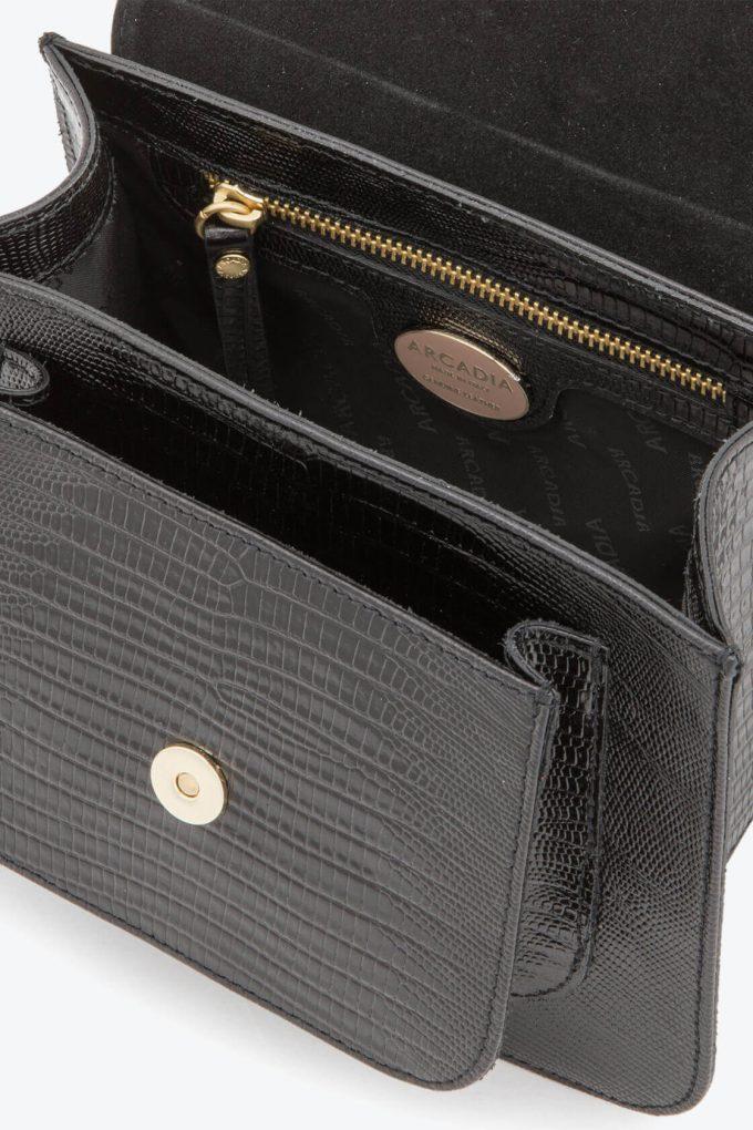 ol80000133 boxy small crossbody bag 3