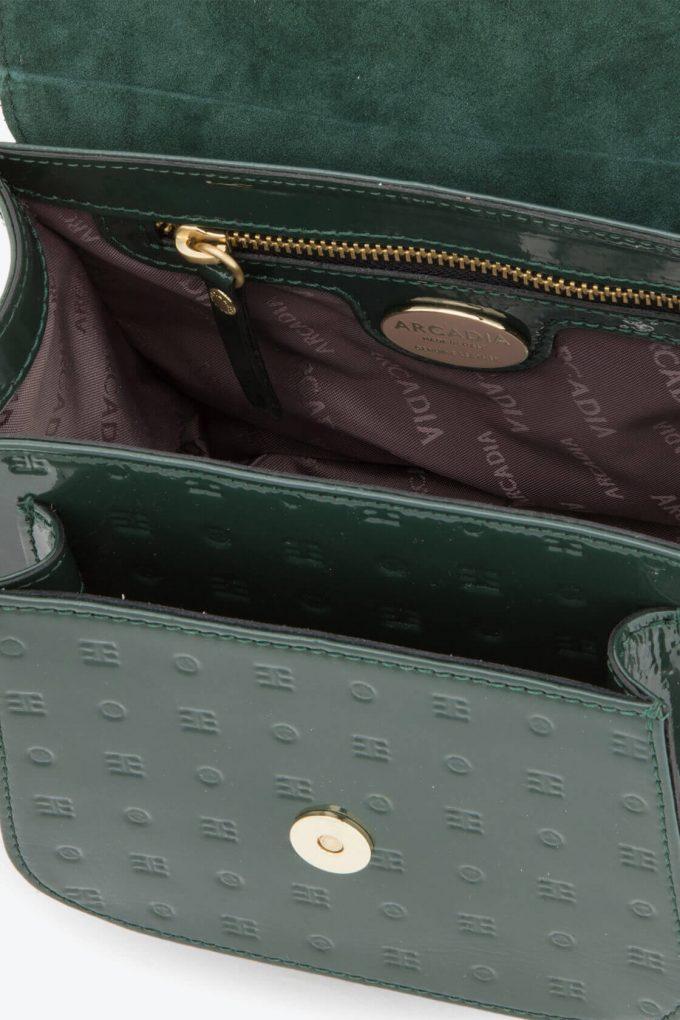 ol80000136 boxy small crossbody bag 3