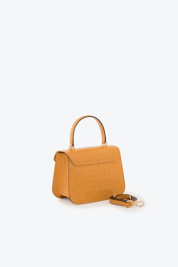 ol80000137 boxy small crossbody bag 2