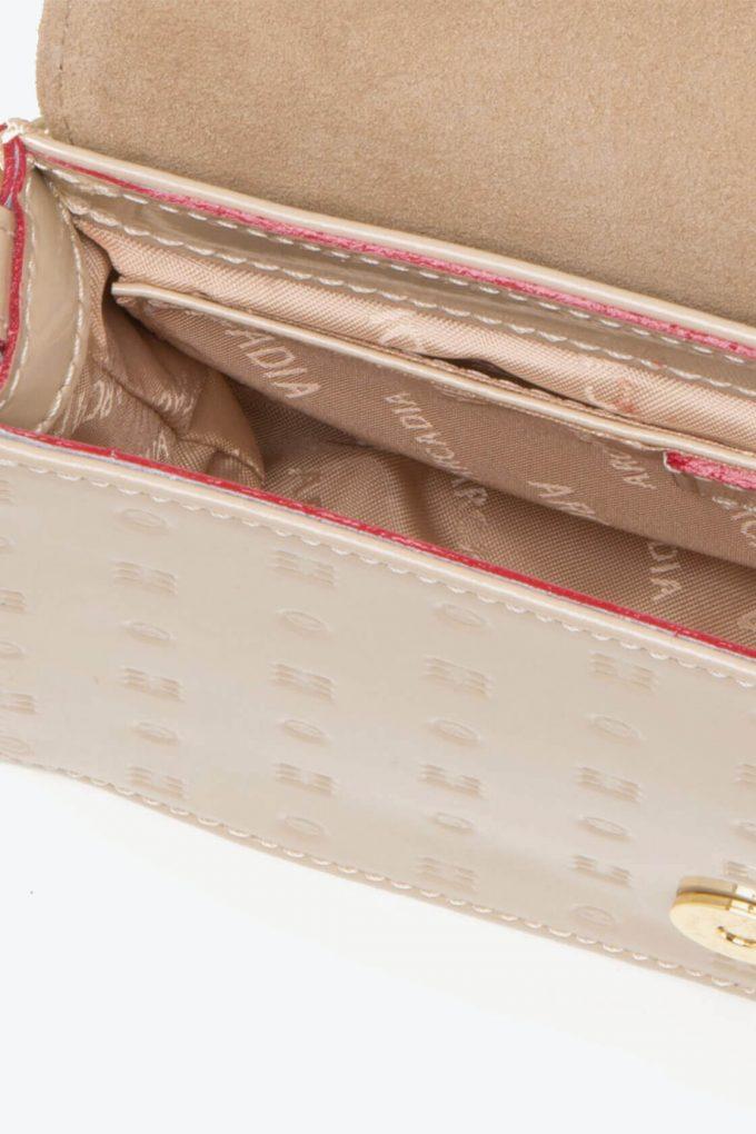 ol80000157 laura flap mini cross body bags 3