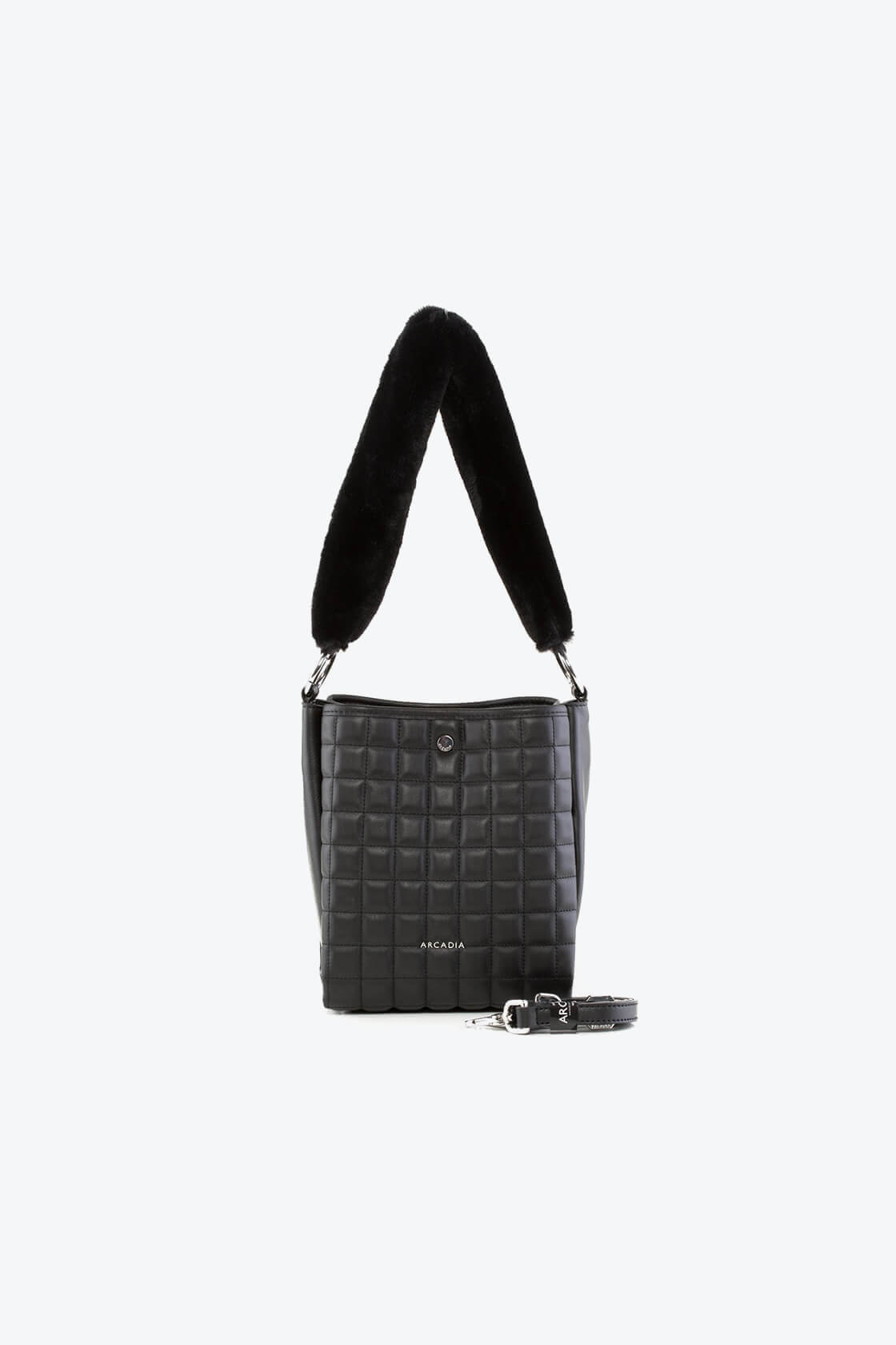 ol80000196 renee s shoulder bag 1