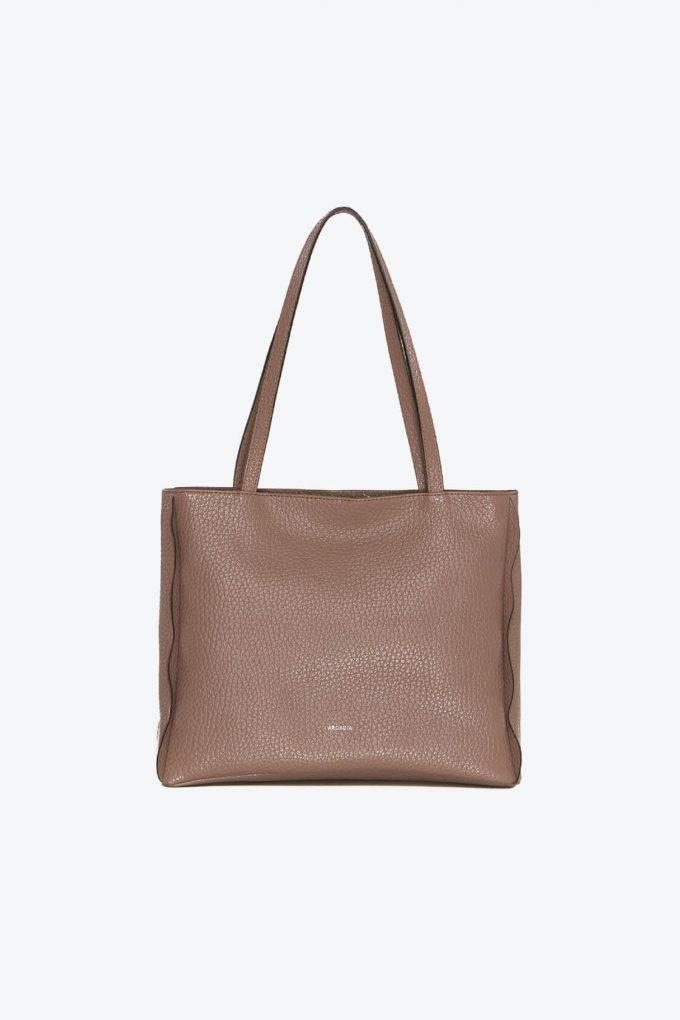 ol80000262 kiras large shoulder bag 1b