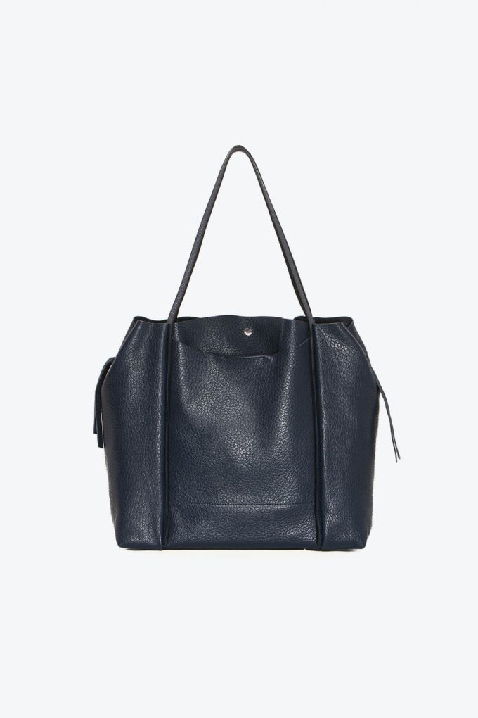 ol80000263 kiras large shoulder bag 1b