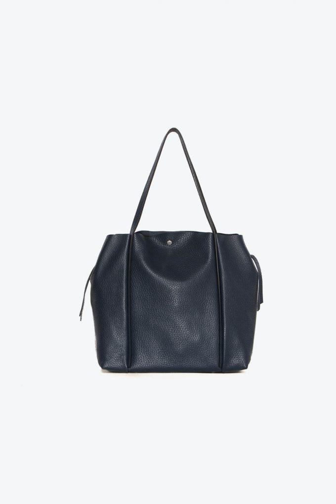 ol80000263 kiras large shoulder bag 3