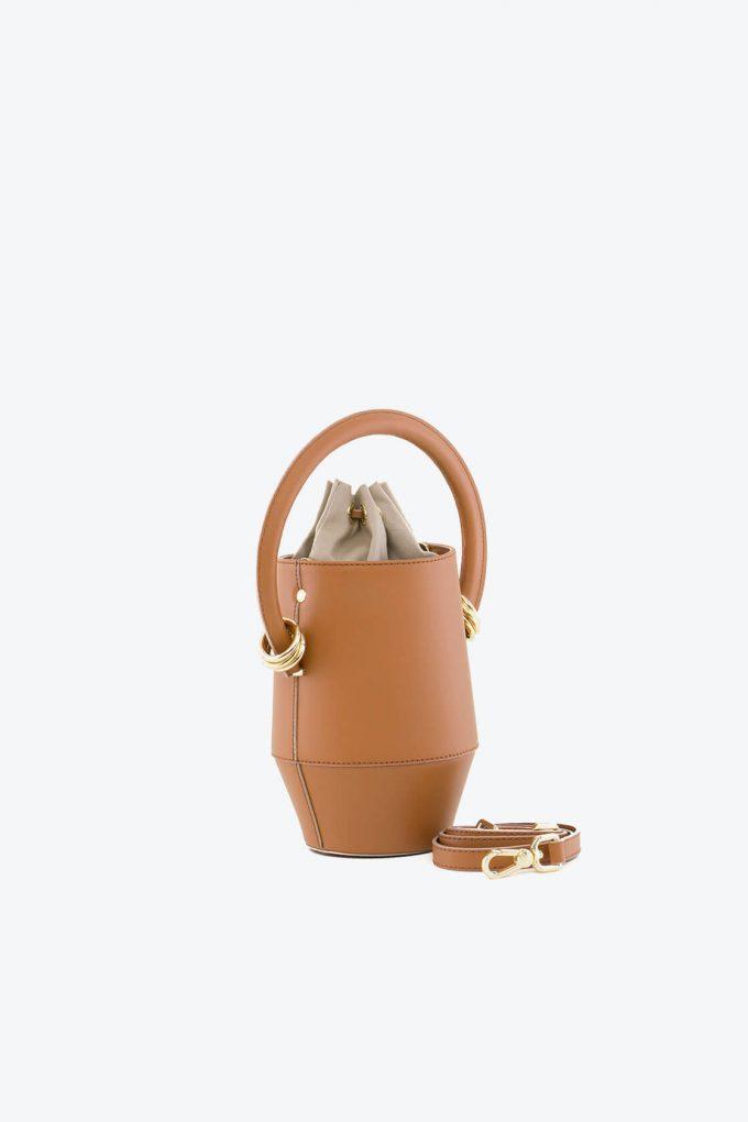 ol80000318 clay small bucket bag 2