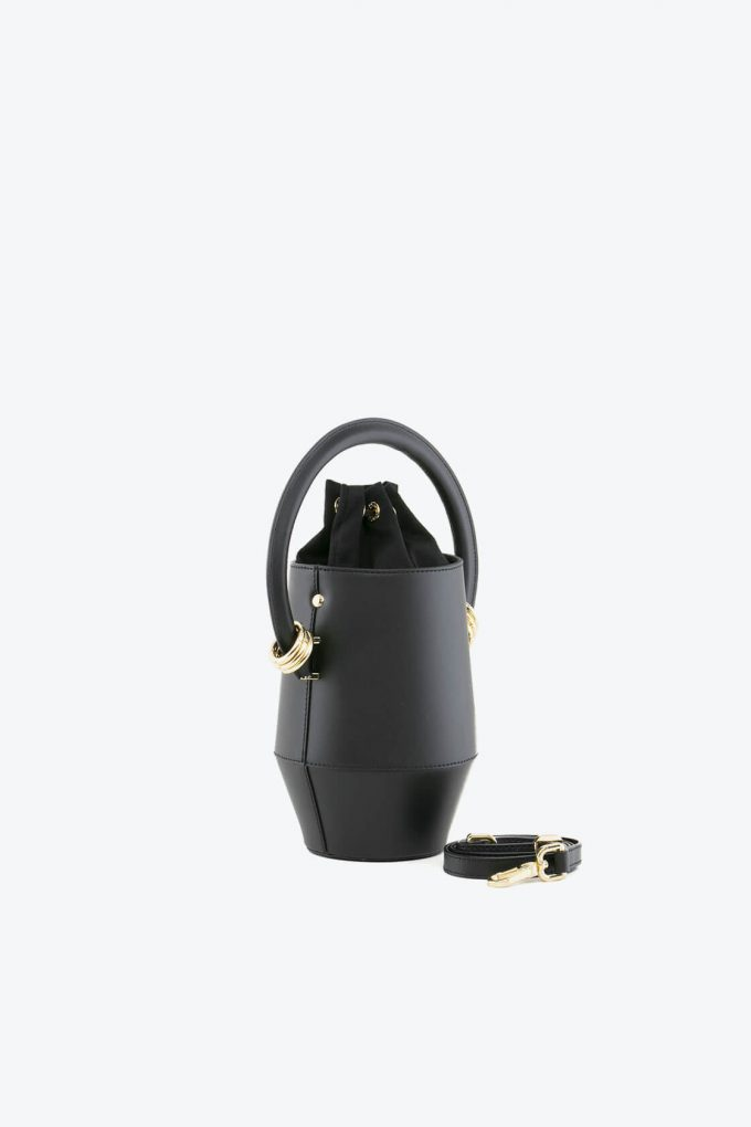 ol80000319 clay small bucket bag 2