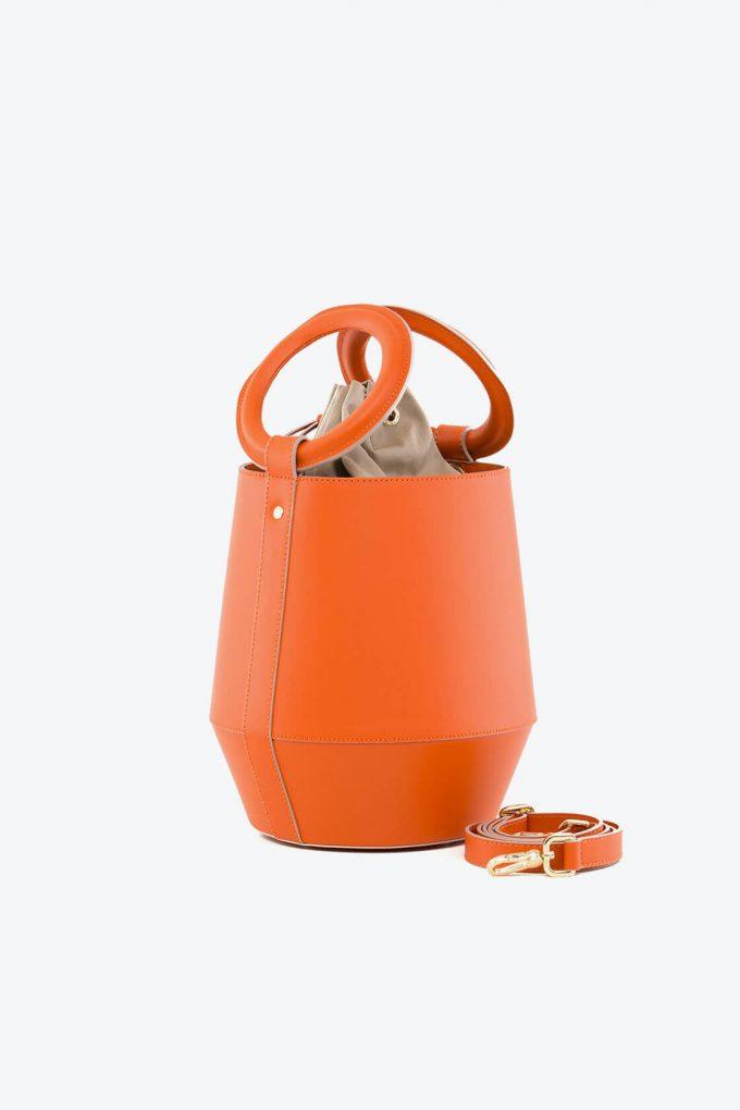 ol80000321 clay medium bucket bag 2