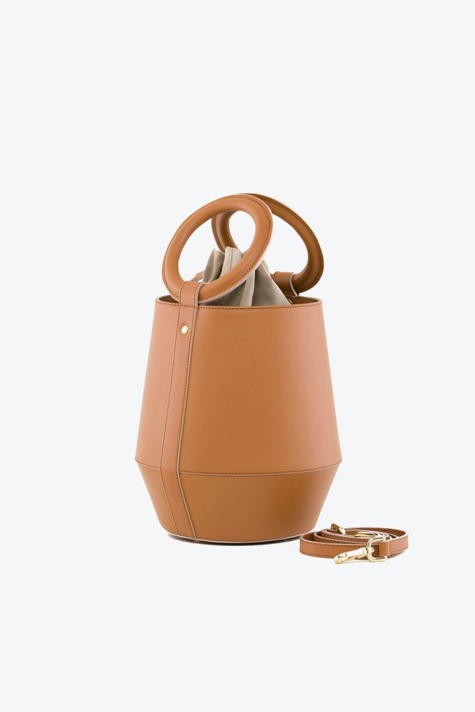 ol80000322 clay medium bucket bag 2