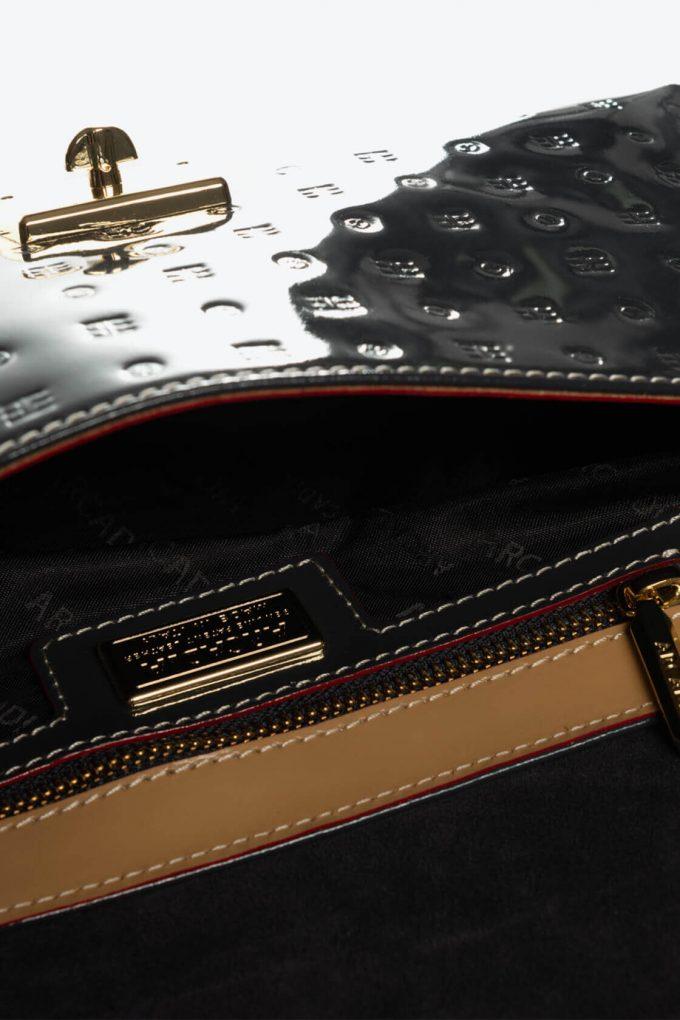ol80000397 envelope lock cross body bags 3