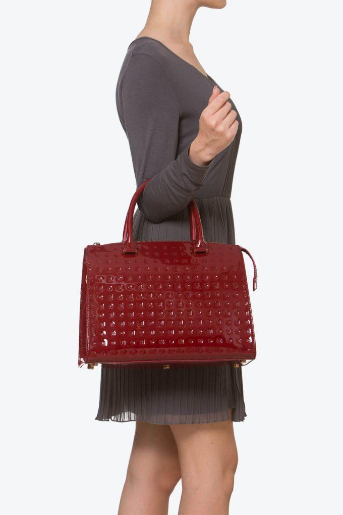 ol80000252 clizia large top handles bag 4