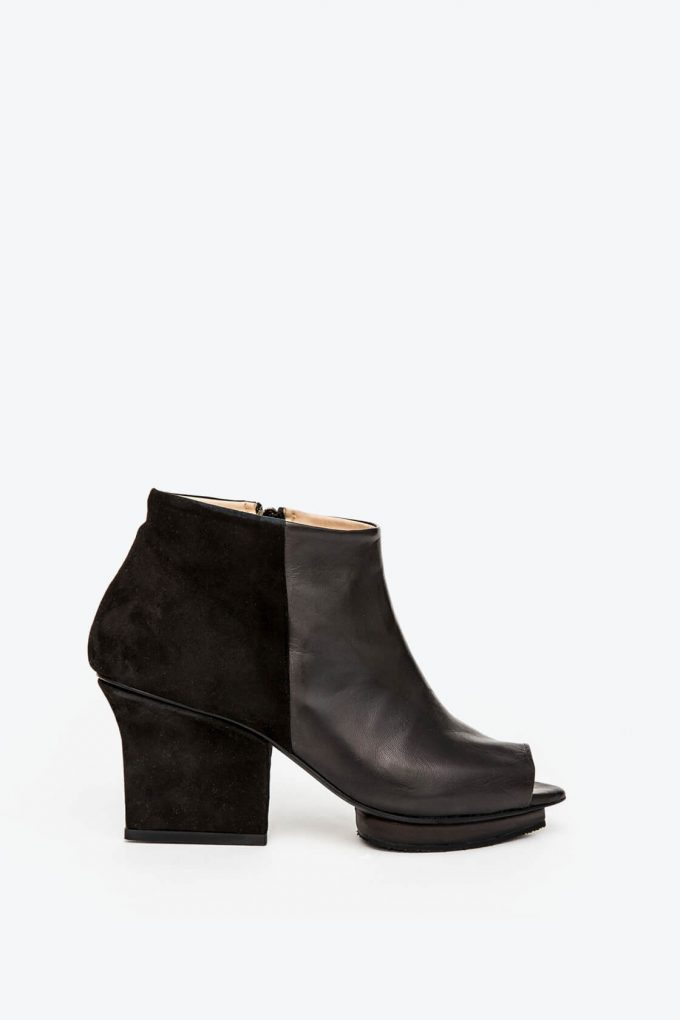 EJK0000002 Christal ankle boots open toe black 1B