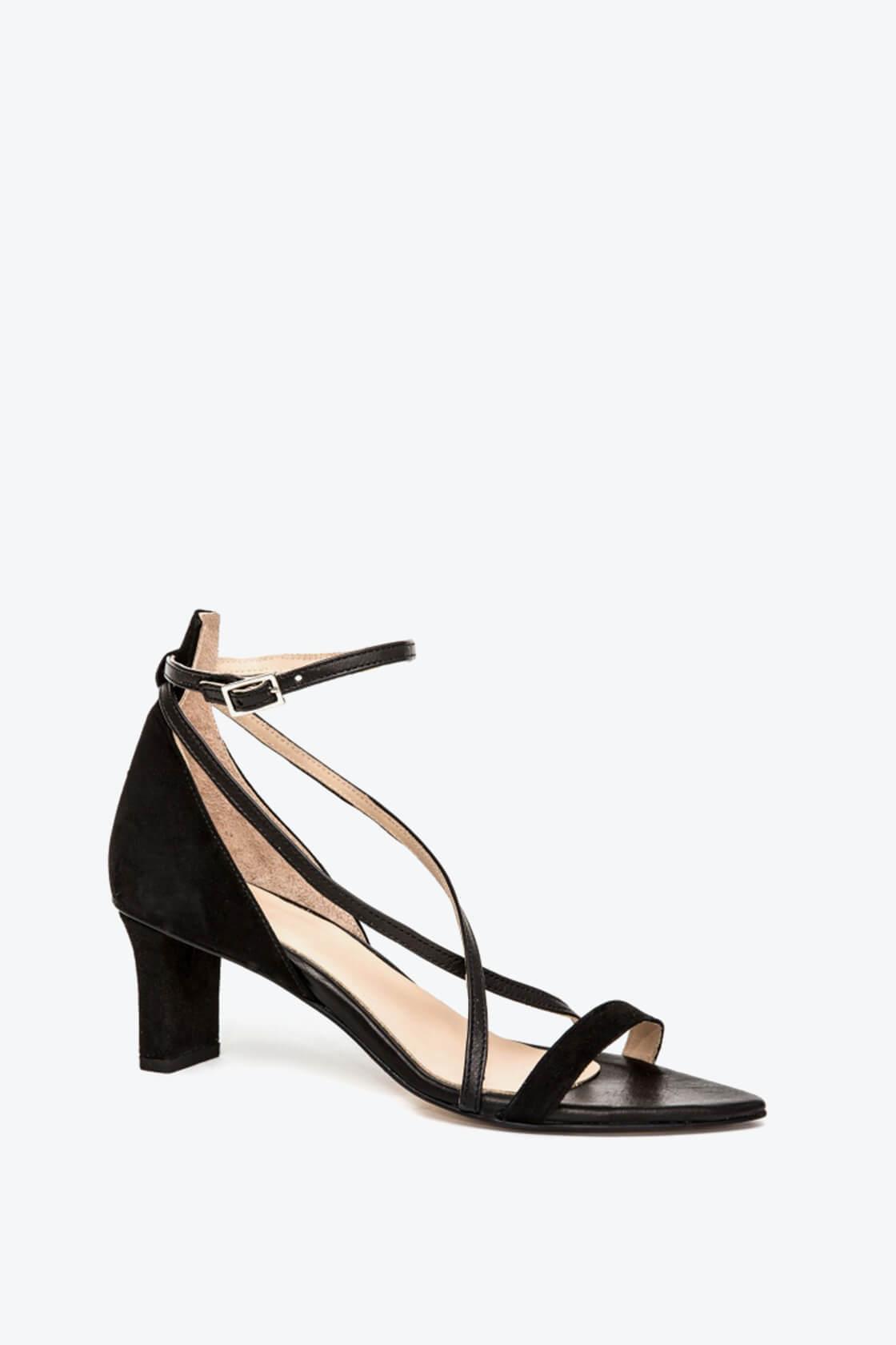 EJK0000007 Maggie strappy sandals black 1