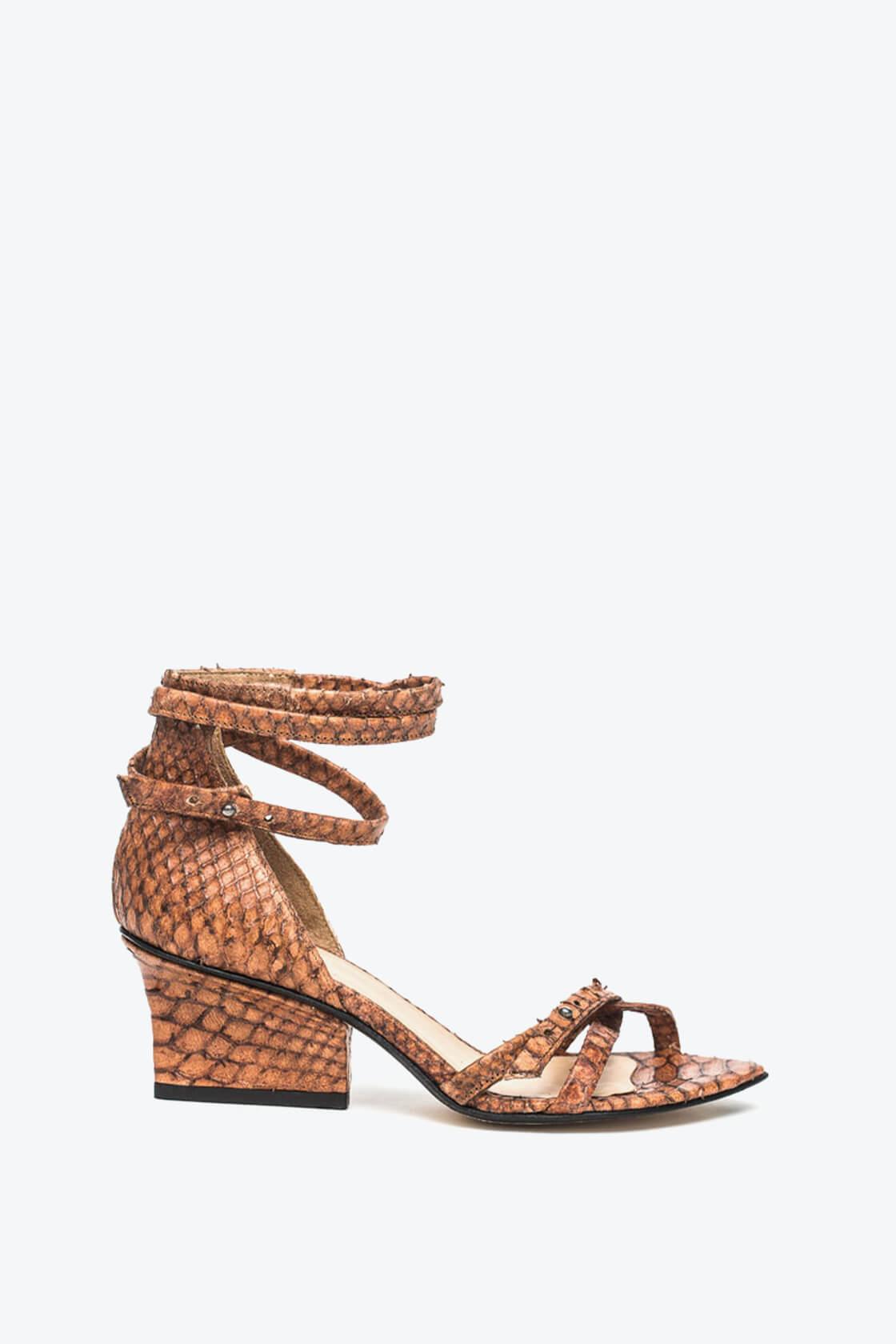 EJK0000011 Sid strappy sandals cognac python 1