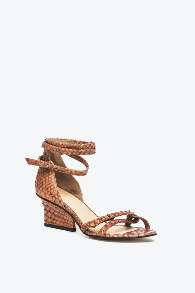 EJK0000011 Sid strappy sandals cognac python 3