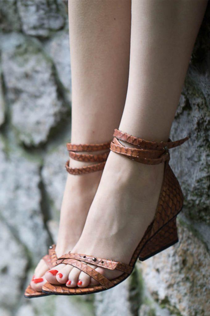 EJK0000011 Sid strappy sandals cognac python 5