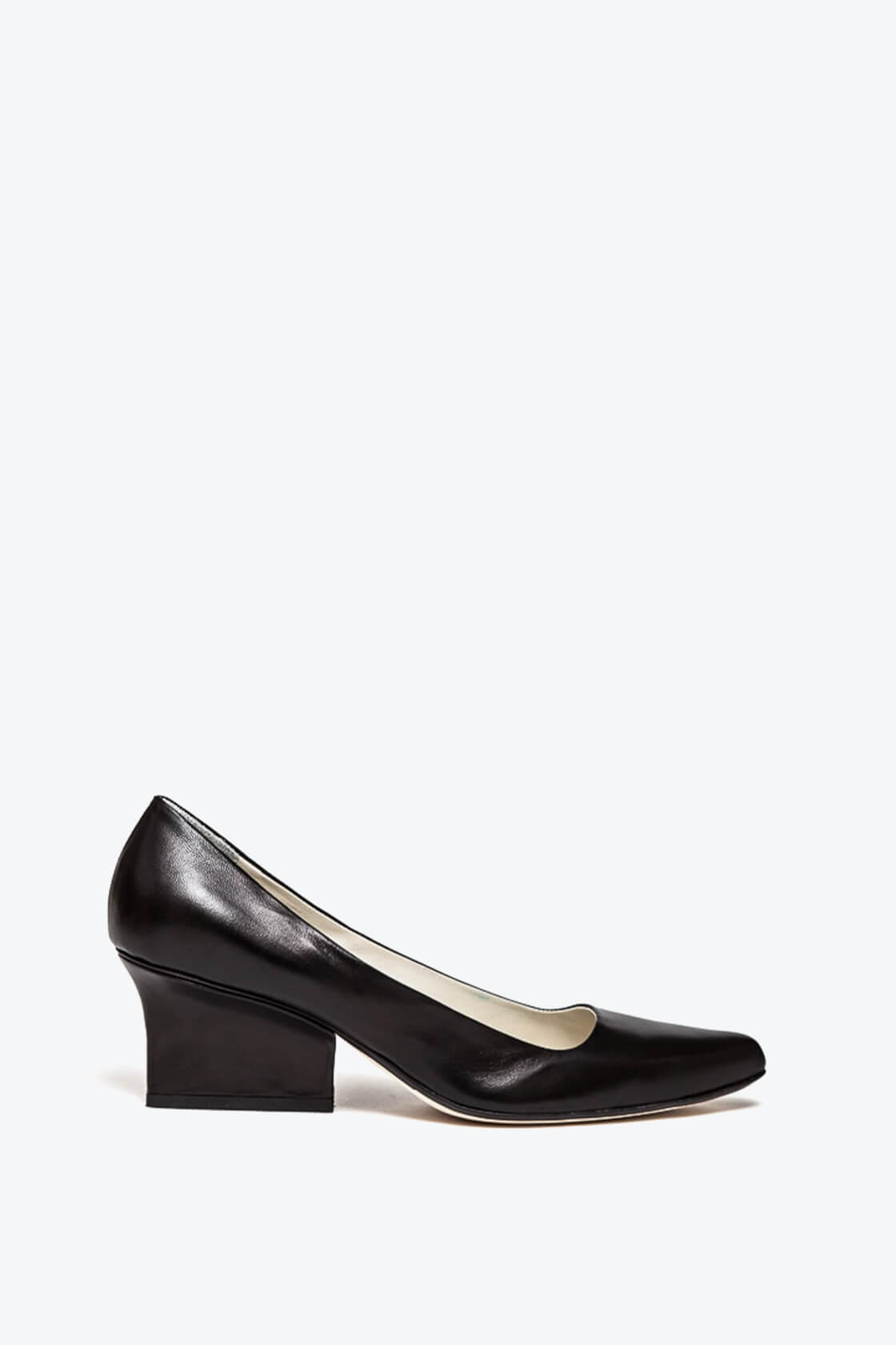EJK0000024 Jo pumps black nappa 1