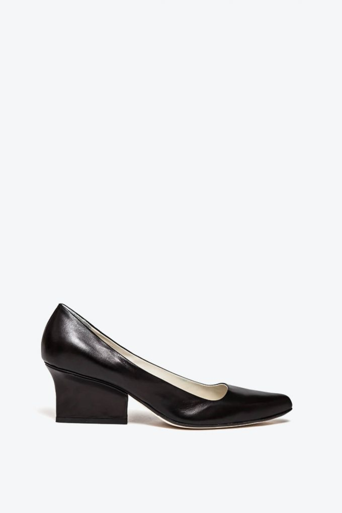 EJK0000024 Jo pumps black nappa 1B