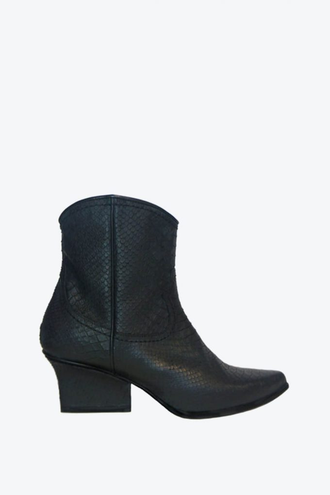 EJK0000030 Abby western boots black python 1B