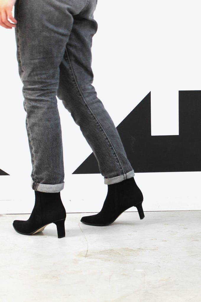 EJK0000047 Randy ankle boots black suede 4