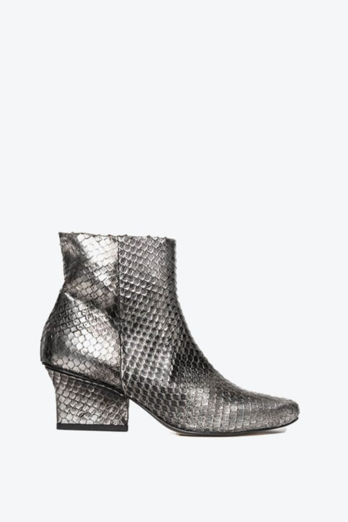 EJK0000063 Denis ankle boots silver washed python 1B