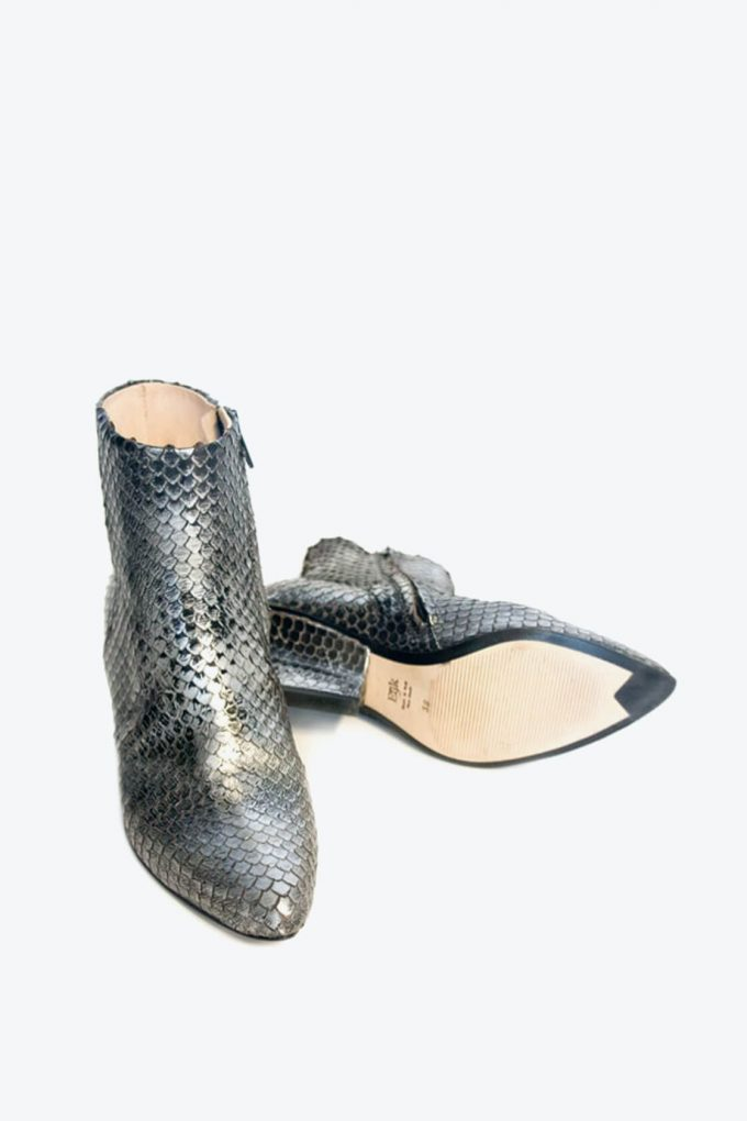EJK0000063 Denis ankle boots silver washed python 2