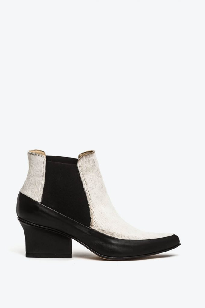 EJK0000065 Gina chelsea ankle boots 1B
