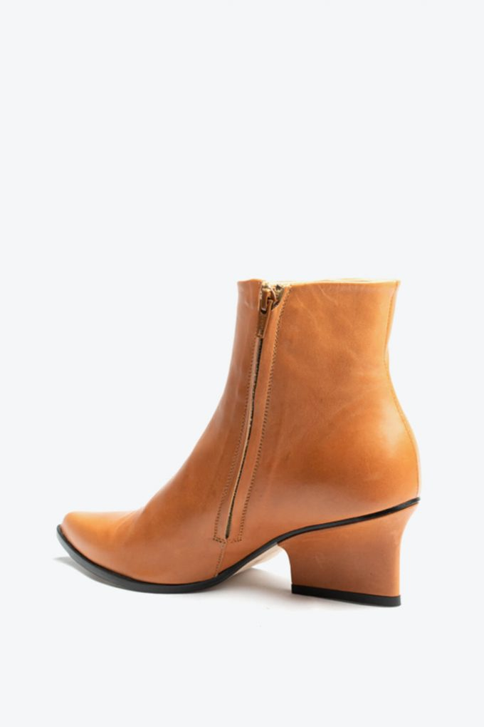 EJK0000079 Ryan ankle boots camel 2