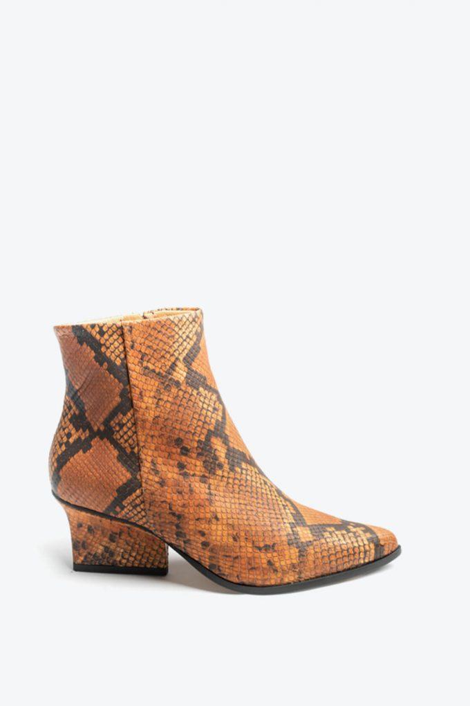 EJK0000081 Ryan ankle boots Camel python 1B