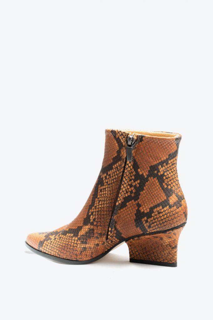 EJK0000081 Ryan ankle boots Camel python 3