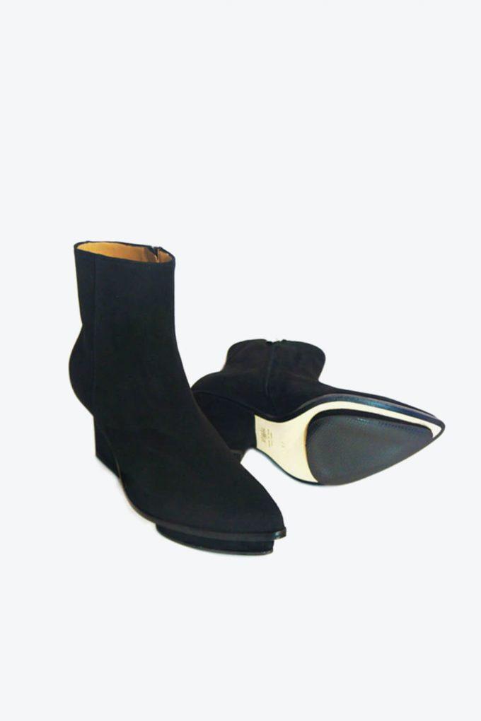 EJK0000084 Roger ankle boots black suede 7