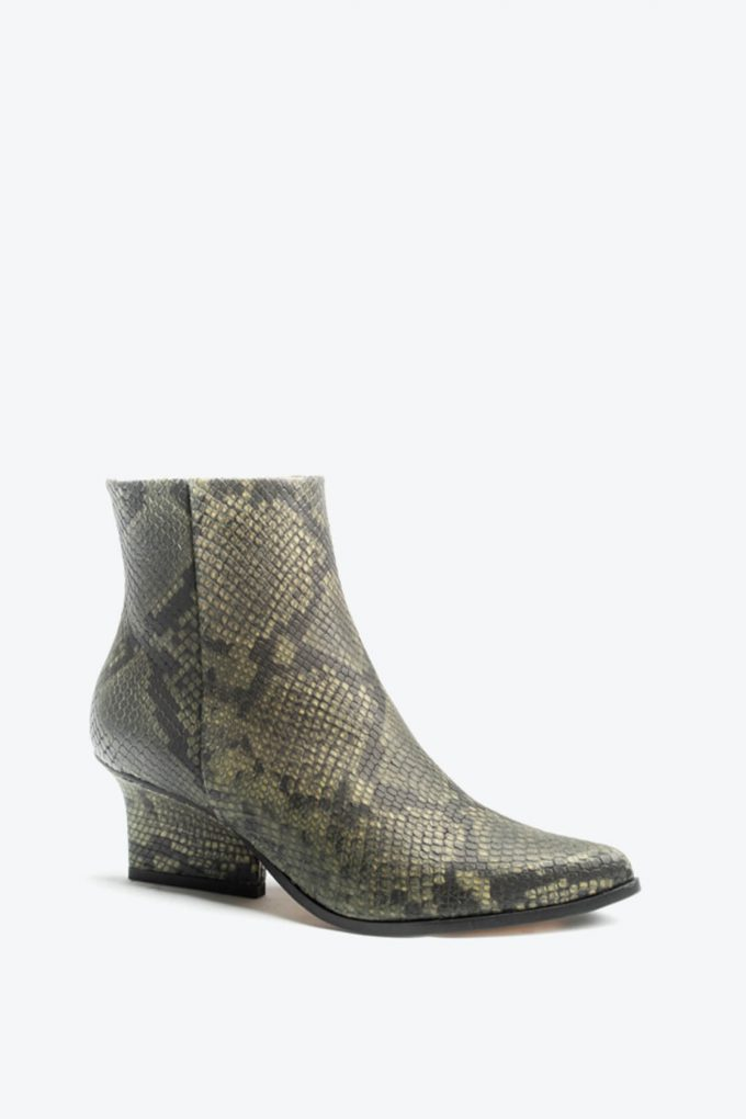 EJK0000085 Ryan ankle boots Green python 2